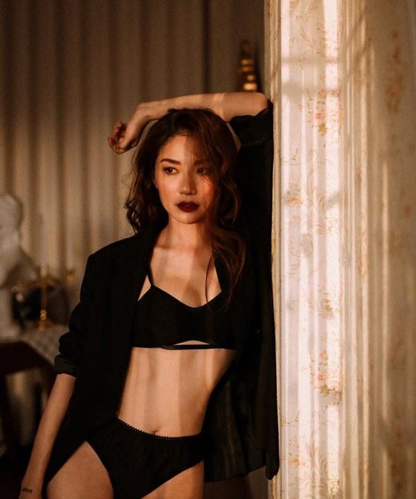 Bất ngờ với hình ảnh Minh Khuê Cô gái xấu xí ngày nào nay lột xác gợi cảm, chăm tập tành để cải thiện vóc dáng-8