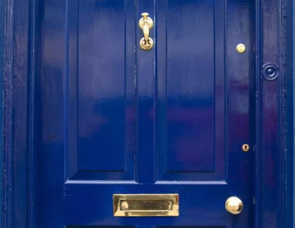 Chọn màu sắc cửa chính để không ảnh hưởng đến sức khỏe tài lộc, mang đến sự yên ấm cho gia chủ-2