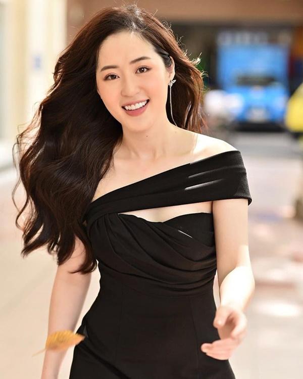 Người ấy là ai?: Nữ thần thời tiết Thanh Tâm kể về bác sĩ điển trai Quang Lâm, tiết lộ lý do không đi thi Hoa hậu-4
