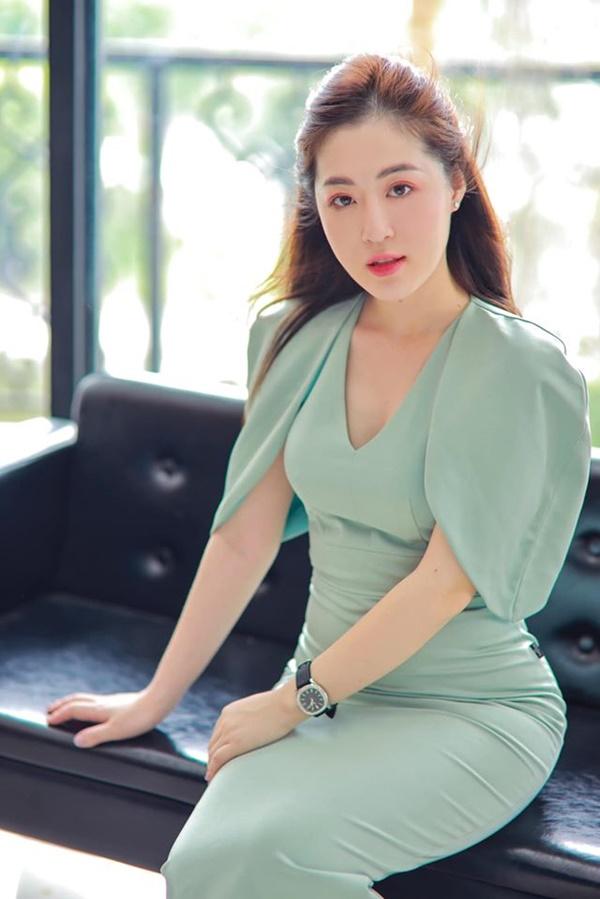 Người ấy là ai?: Nữ thần thời tiết Thanh Tâm kể về bác sĩ điển trai Quang Lâm, tiết lộ lý do không đi thi Hoa hậu-8