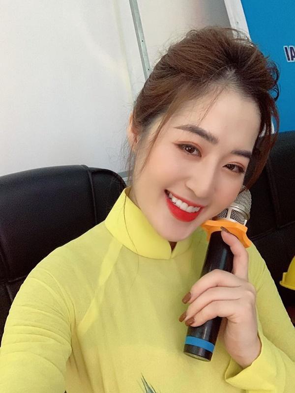 Người ấy là ai?: Nữ thần thời tiết Thanh Tâm kể về bác sĩ điển trai Quang Lâm, tiết lộ lý do không đi thi Hoa hậu-9