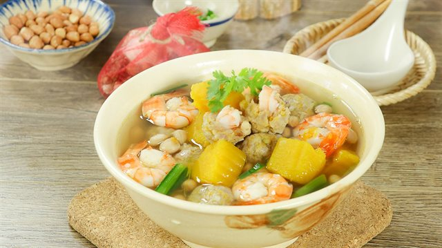 Cách làm canh bí đỏ nấu thịt băm, tôm khô ngọt bùi đưa cơm ngày nắng-2