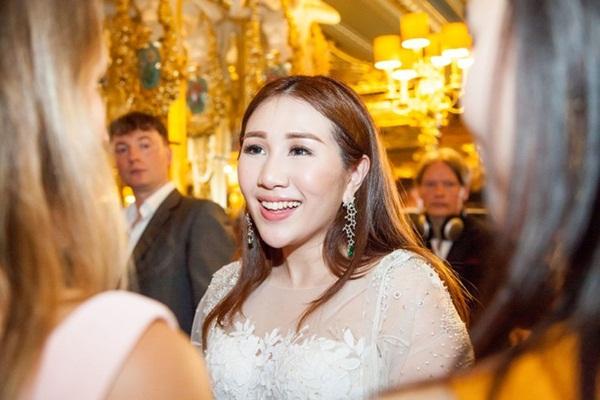 Hôn nhân trái ngược của con gái 3 tỷ phú giàu nhất châu Á-1