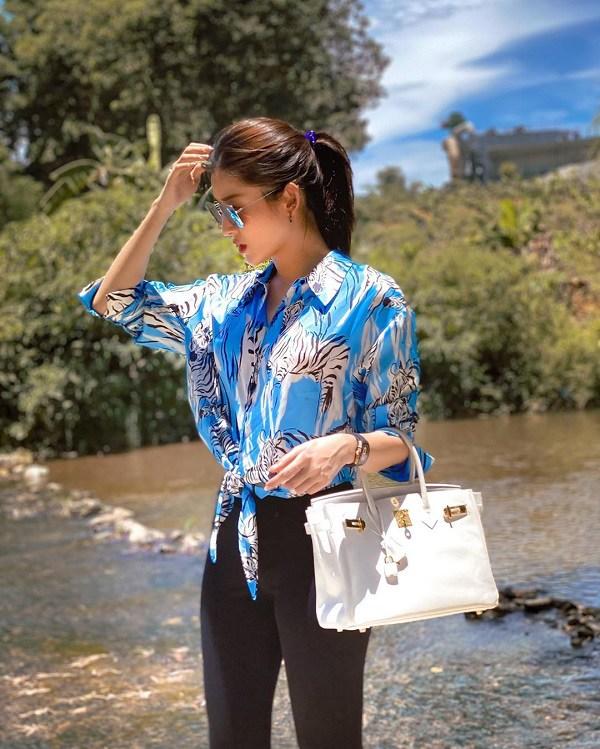 Style Hè của bạn sẽ thật nhàm chán nếu còn chưa sắm ngay 1 em áo họa tiết như sao Việt-1