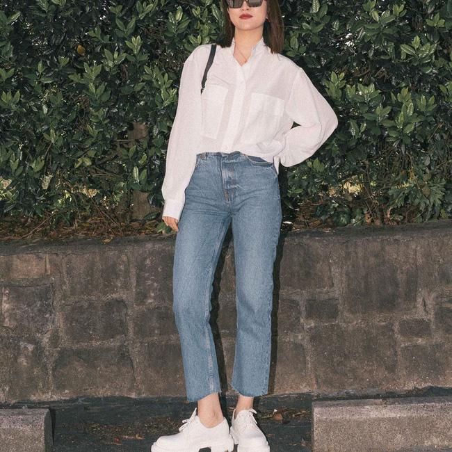 Nàng fashion blogger gợi ý 9 set màu trung tính để chị em công sở dù vụng về hay không có nhiều đồ vẫn mặc đẹp khỏi nghĩ-6