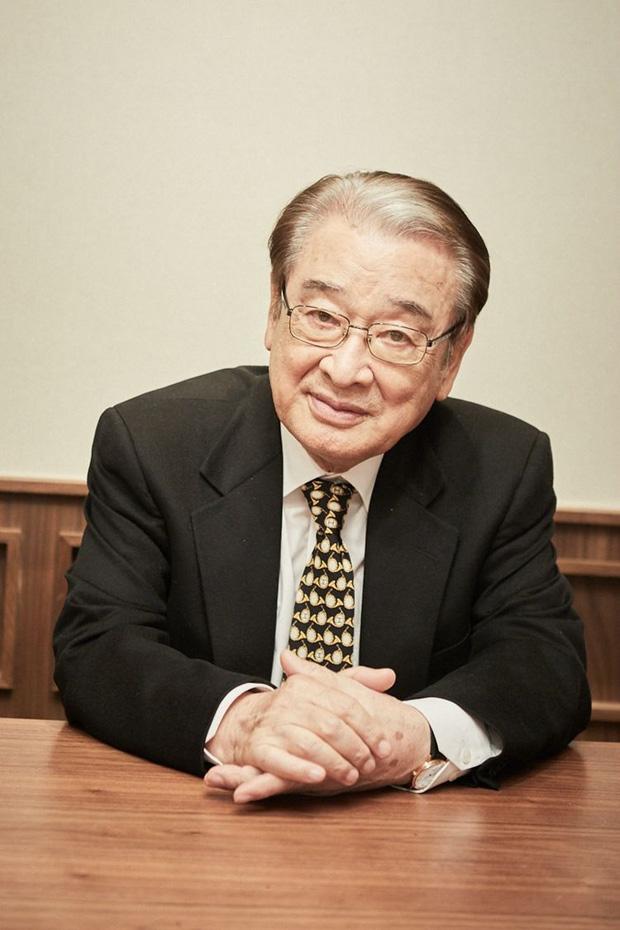 SBS bóc trần bê bối ông nội quốc dân Gia đình là số 1 Lee Soon Jae, Bộ Lao động phải vào cuộc điều tra-1