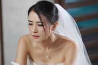 Đang dắt tay chú rể tiến vào lễ đường, cô dâu hóa đá khi nhìn thấy ảnh cưới trước cổng