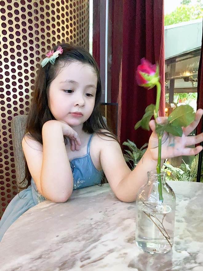 Lâu lắm Elly Trần mới khoe hình con gái, Cadie Mộc Trà giờ đã điệu như nàng thơ-6