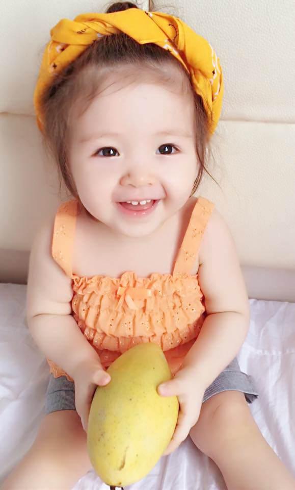 Lâu lắm Elly Trần mới khoe hình con gái, Cadie Mộc Trà giờ đã điệu như nàng thơ-11