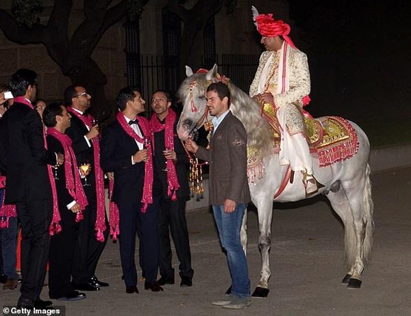 Tỷ phú giàu nhất nhì thế giới mạnh tay vung gần 1.500 tỷ đồng cho con gái làm đám cưới, 7 năm sau hôn lễ là kết cục không ai ngờ-2