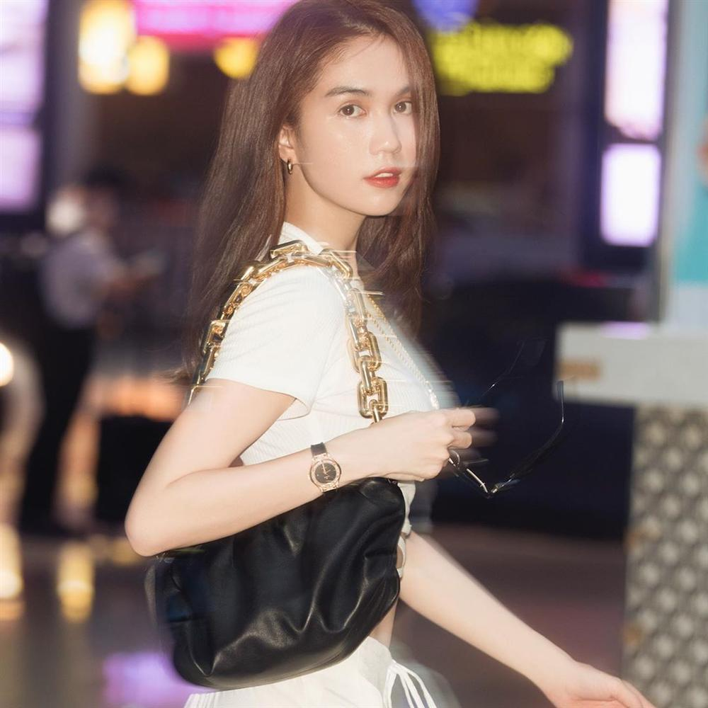 Đụng hàng chiếc túi da 75 triệu, Ngọc Trinh bất ngờ lấn át cả Song Hye Kyo: Sự an toàn quá mức khiến ngọc nữ xứ Hàn mờ nhạt toàn tập-1