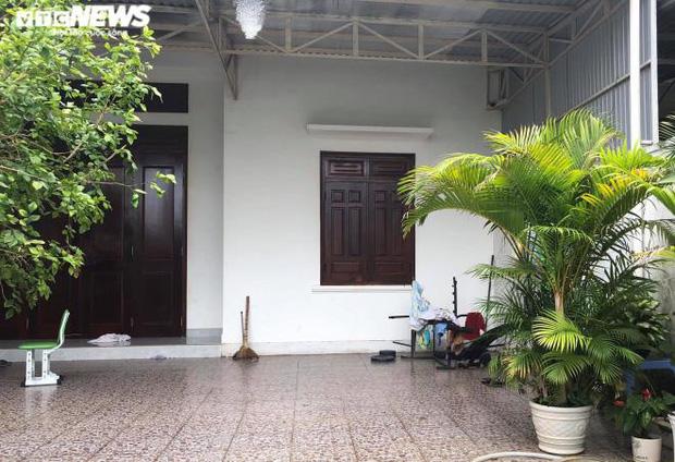 Vụ nữ nhân viên ngân hàng vỡ nợ 200 tỷ đồng ở Gia Lai: Từng gọi điện cho nhiều hàng xóm, đại lí để mượn tiền vì đáo hạn ngân hàng-1