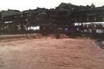 Phượng Hoàng cổ trấn ở thượng nguồn đập Tam Hiệp bị ngập lụt