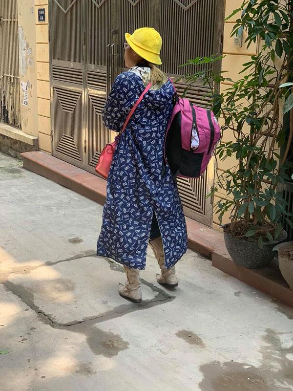 Hot girl Bella có mặt tại Quảng Ninh, đồ đạc lỉnh kỉnh nhưng không đi cùng con trai-2