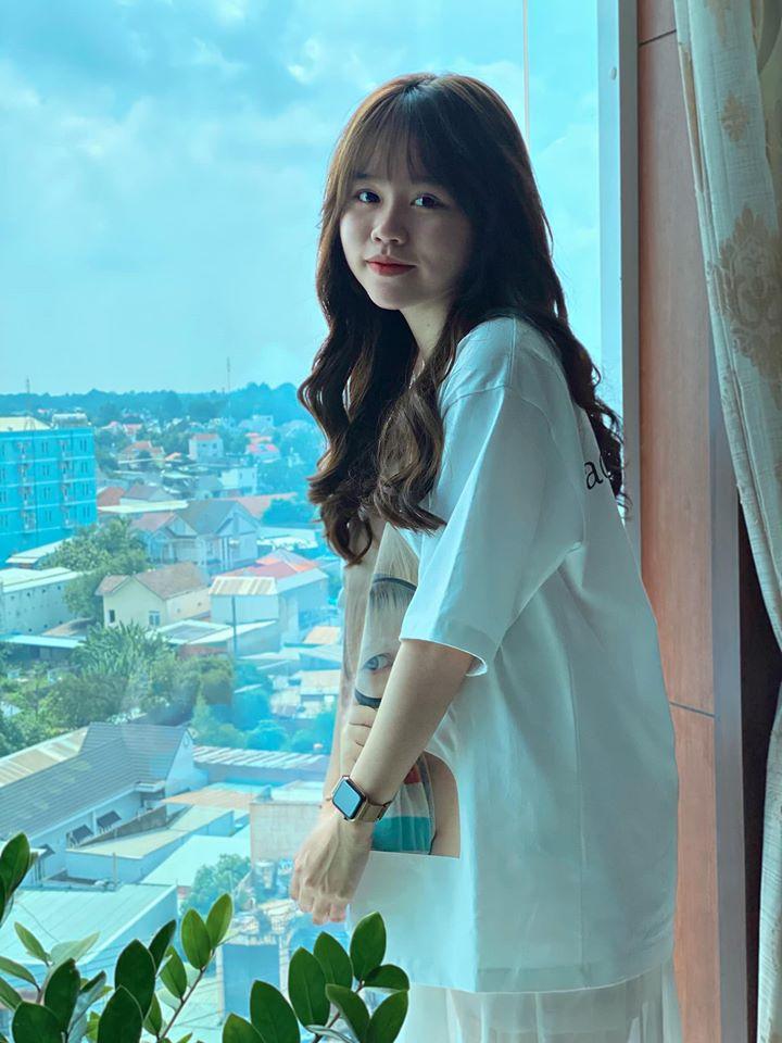 Huỳnh Anh bất ngờ chia sẻ khoảnh khắc mới, mẹ nuôi Quang Hải lập tức để lại bình luận đáng chú ý-3