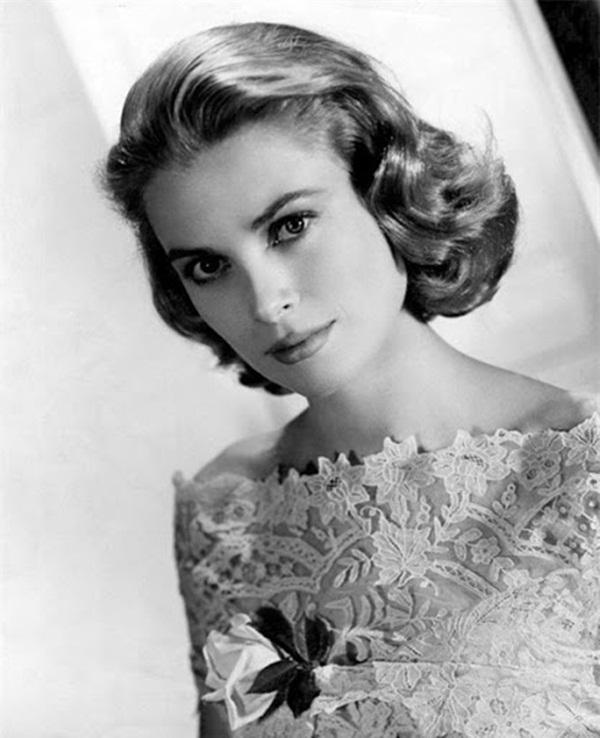 Cuộc đời đầy thăng trầm của Đệ nhất phu nhân xinh đẹp Monaco: Từ bỏ Hollywood để trở thành công nương hoàng gia, qua đời trong một vụ tai nạn bí ẩn-2