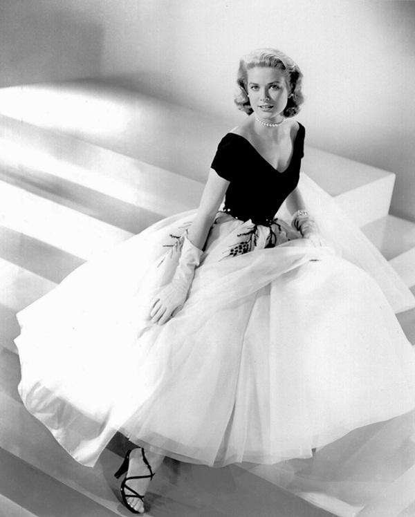 Cuộc đời đầy thăng trầm của Đệ nhất phu nhân xinh đẹp Monaco: Từ bỏ Hollywood để trở thành công nương hoàng gia, qua đời trong một vụ tai nạn bí ẩn-3