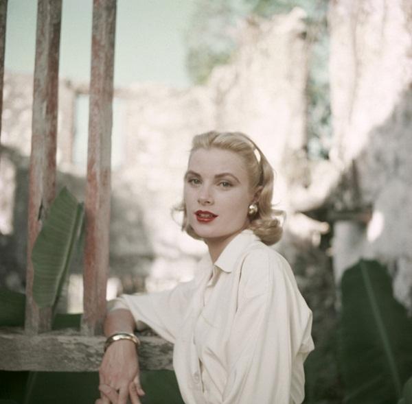 Cuộc đời đầy thăng trầm của Đệ nhất phu nhân xinh đẹp Monaco: Từ bỏ Hollywood để trở thành công nương hoàng gia, qua đời trong một vụ tai nạn bí ẩn-5