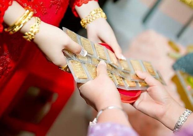 Đêm tân hôn chị chồng xúi bố mẹ đừng để nó giữ vàng cưới và pha xử lý đi vào lòng người khiến vị trí nàng dâu được củng cố-1