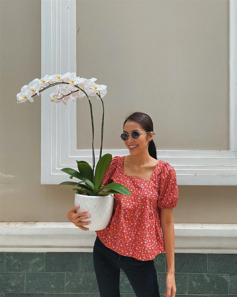 Hà Tăng diện đồ hoa ngày một sang xịn và trang nhã chứ không chóe như xưa, ra là có bí kíp hết-5