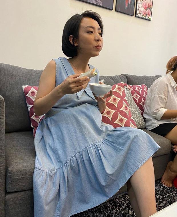 """Thu Trang tự khoe ảnh lộ bụng to rõ cùng lời khẳng định Andy có em"""", chuyện gì đây?-2"""