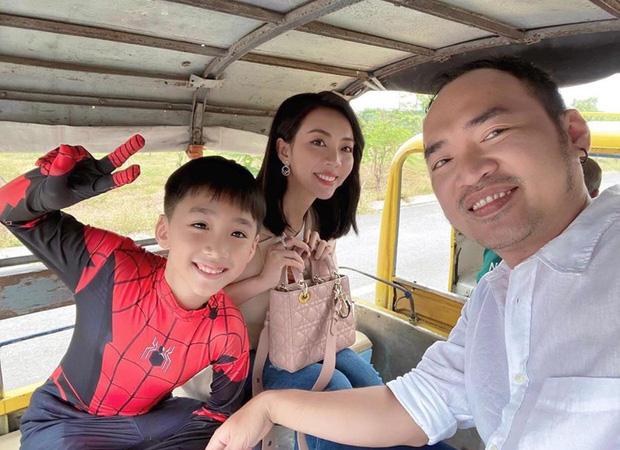 """Thu Trang tự khoe ảnh lộ bụng to rõ cùng lời khẳng định Andy có em"""", chuyện gì đây?-8"""