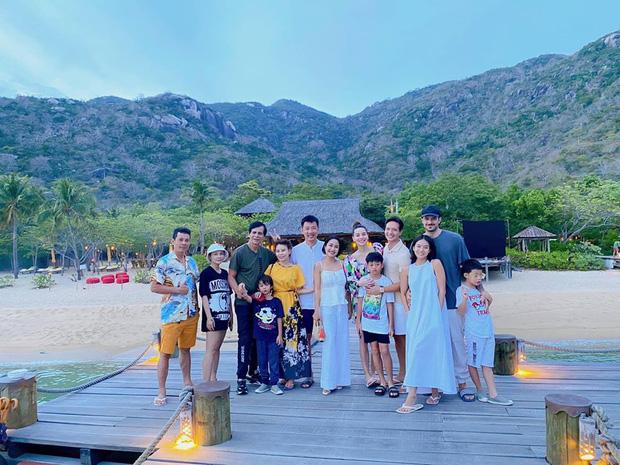 Ốc Thanh Vân hội ngộ gia đình Hà Hồ trong kì nghỉ sang chảnh, tiện dành lời chúc phúc cho mẹ bầu và Kim Lý-1
