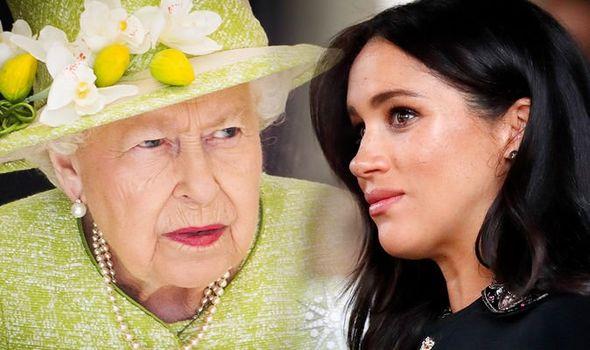 Thẳng thừng chỉ trích gia đình chồng và đối đầu với Nữ hoàng Anh, Meghan Markle liệu còn có cơ hội quay lại hoàng gia?-2