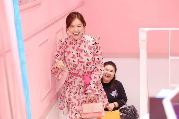 Mê đồ màu hồng, Hari Won từng nhiều lần mặc sến sẩm, túi xách trăm triệu cũng khó cứu vãn-2