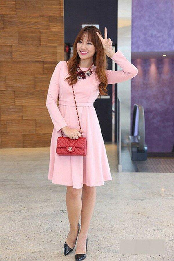 Mê đồ màu hồng, Hari Won từng nhiều lần mặc sến sẩm, túi xách trăm triệu cũng khó cứu vãn-3