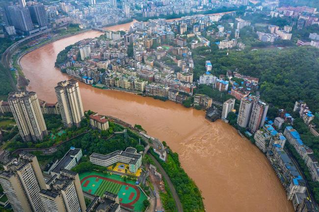 Những hình ảnh đáng sợ về cơn đại hồng thủy ở miền Nam Trung Quốc gây ra bởi những cơn mưa dai dẳng kéo dài hơn 30 ngày-1