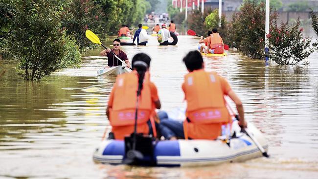 Những hình ảnh đáng sợ về cơn đại hồng thủy ở miền Nam Trung Quốc gây ra bởi những cơn mưa dai dẳng kéo dài hơn 30 ngày-4