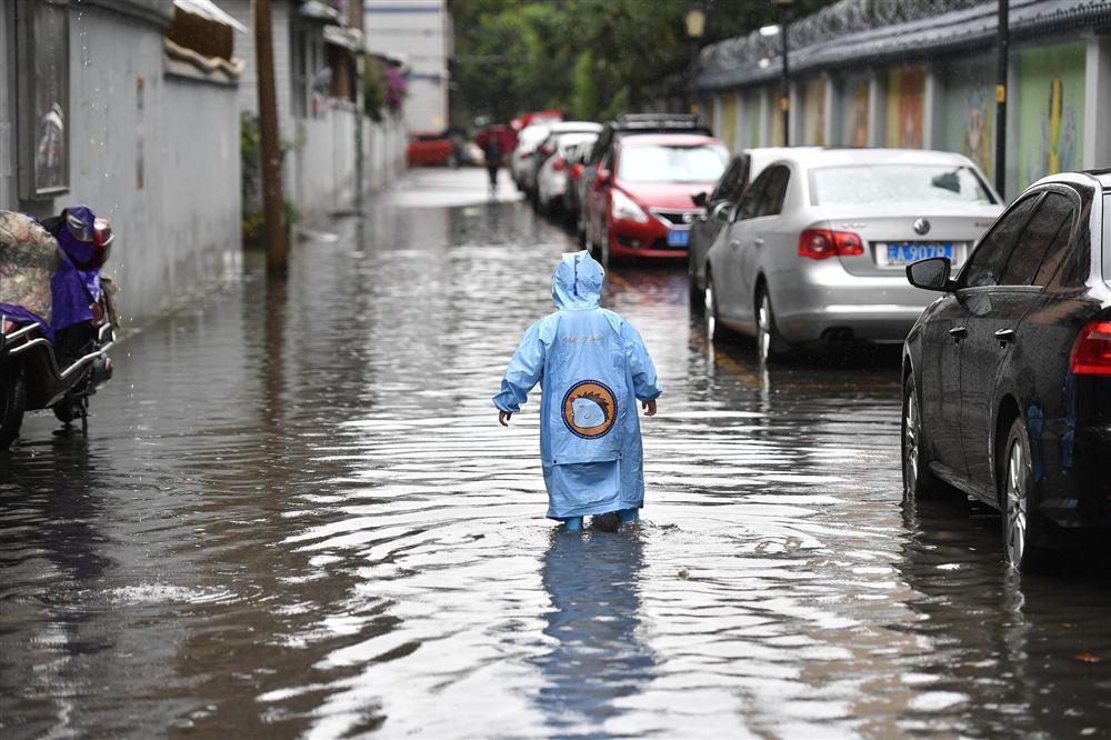 Những hình ảnh đáng sợ về cơn đại hồng thủy ở miền Nam Trung Quốc gây ra bởi những cơn mưa dai dẳng kéo dài hơn 30 ngày-11