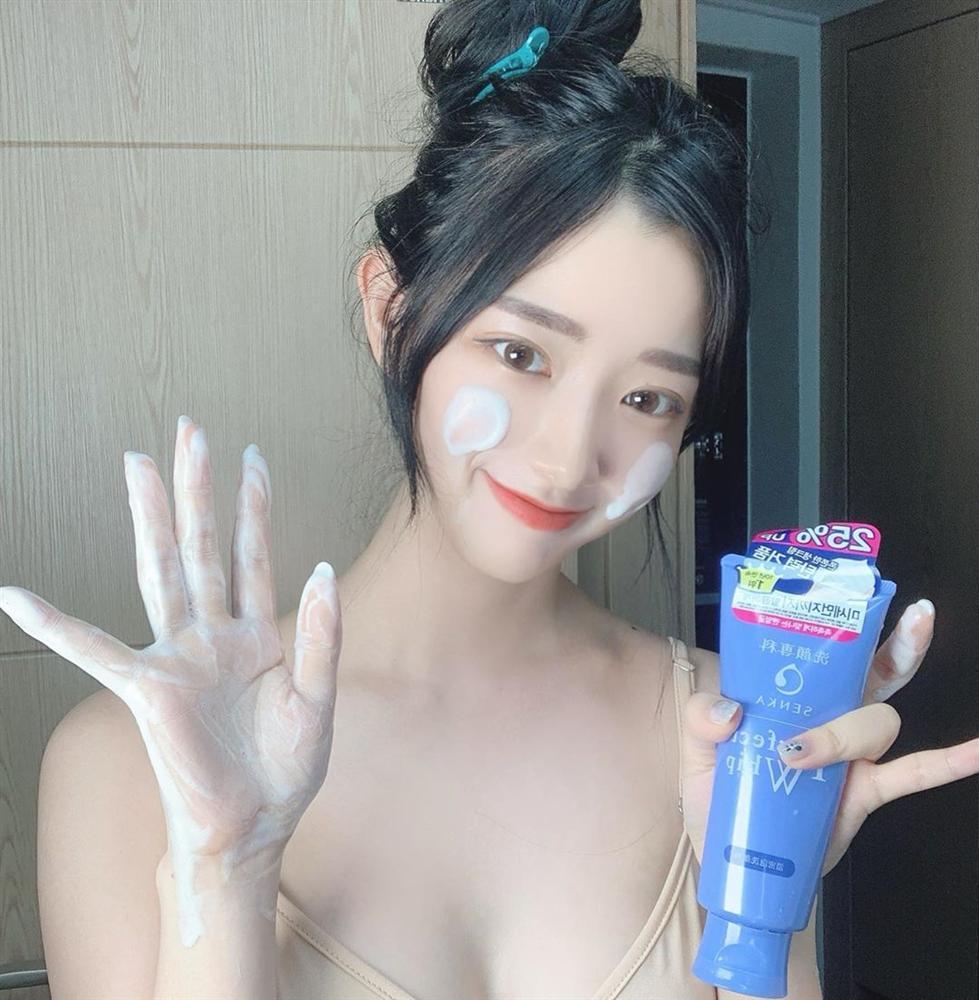 4 lỗi skincare tày trời khiến làn da của bạn lão hóa nhanh chóng, vết nhăn và thâm nám tùm lum-3