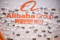 Sếp Alibaba bị sa thải vì ăn tiền và chạy việc cho bạn gái