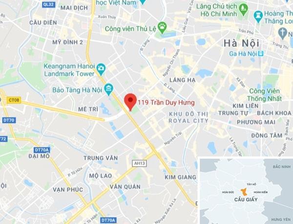 Người đàn ông tử vong trong ôtô giữa phố Hà Nội-2