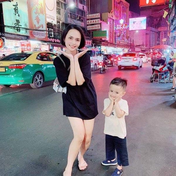 Chị gái công chúa béo Quỳnh Anh ăn mặc sang chảnh, túi Hermes nhiều hơn cả em gái-12