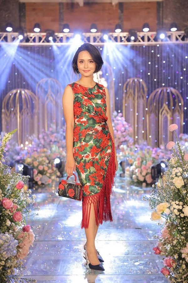 Chị gái công chúa béo Quỳnh Anh ăn mặc sang chảnh, túi Hermes nhiều hơn cả em gái-9