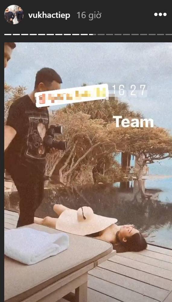 Vũ Khắc Tiệp và Ngọc Trinh tái ngộ trong vlog mới, chưa chi đã gây bão vì cảnh hở bạo của cô gái lạ mặt-1