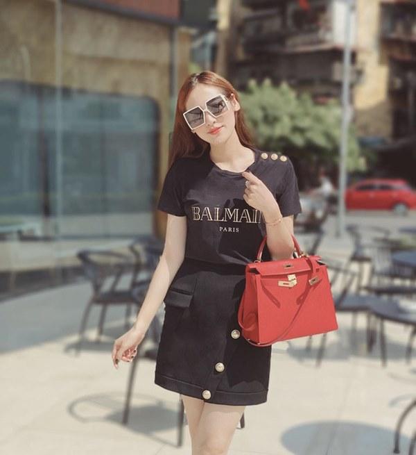 Street style sao Việt: Cùng khoe lưng thon gợi cảm, Miu Lê trẻ trung nhưng vẫn thua Hà Tăng ở khoản hững hờ buông lơi-14