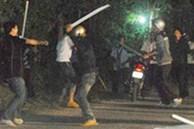 2 nhóm trai làng hỗn chiến trong đêm, 1 người tử vong
