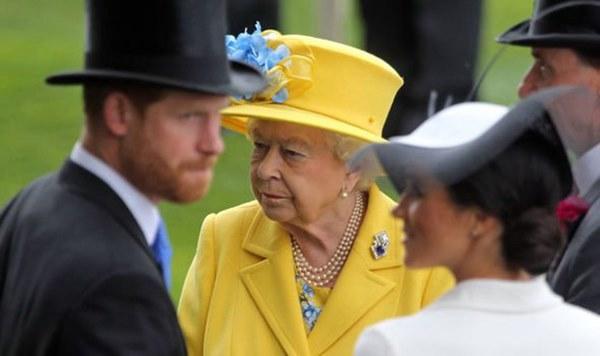 Không còn lưu luyến, động thái mới của Hoàng gia Anh chứng tỏ Harry đang từng bước bị loại ra khỏi nội bộ Gia tộc?-1