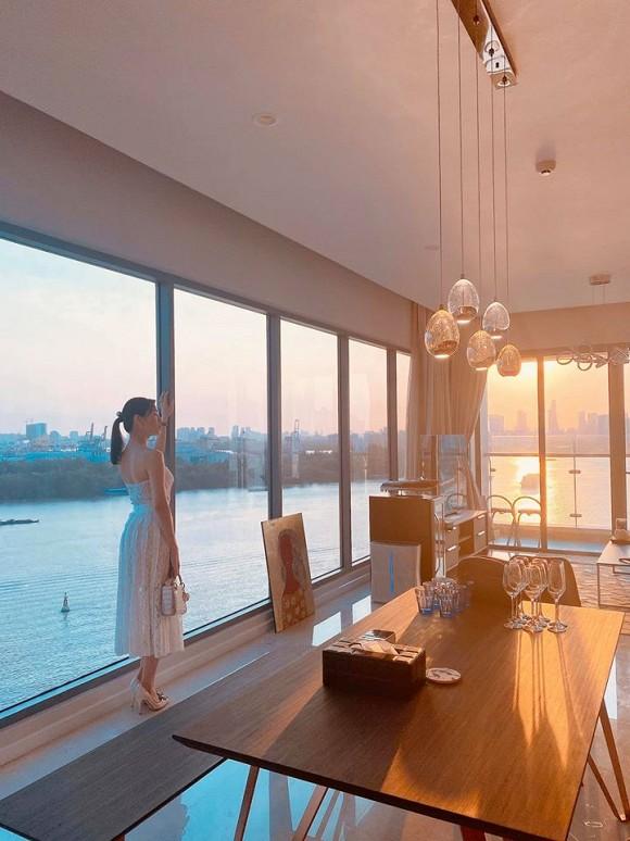 Căn hộ mới tậu của ca sĩ Lê Hiếu sang chảnh như khách sạn năm sao-2