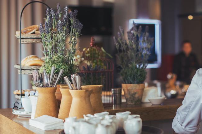 Sự thật về những bữa buffet sáng miễn phí ở khách sạn, tưởng được ăn không nhưng có khi phải trả tiền gấp 2-3 lần-5