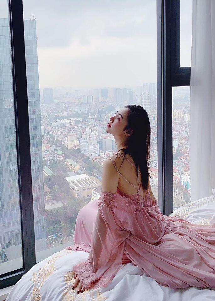Quỳnh Kool: Nữ chính giờ vàng nóng bỏng của màn ảnh Việt, vướng tin đồn phim giả tình thật với thầy giáo mưa Thanh Sơn-4