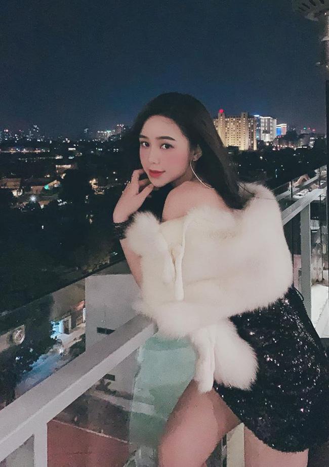 Quỳnh Kool: Nữ chính giờ vàng nóng bỏng của màn ảnh Việt, vướng tin đồn phim giả tình thật với thầy giáo mưa Thanh Sơn-10