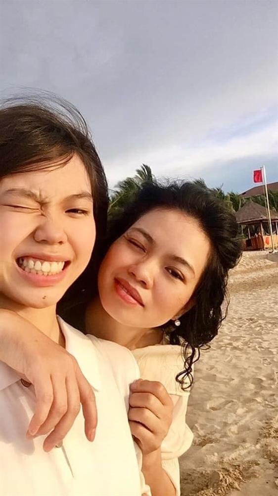 Sau 4 năm bố qua đời, con gái cố nghệ sĩ Trần Lập nay đã là nàng thiếu nữ phổng phao, xinh đẹp dịu dàng-3