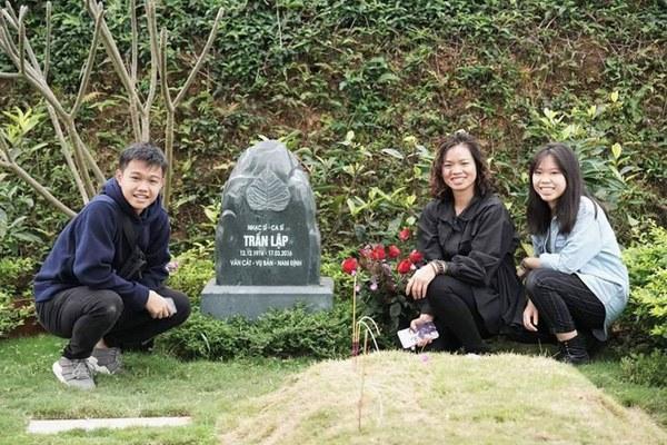 Sau 4 năm bố qua đời, con gái cố nghệ sĩ Trần Lập nay đã là nàng thiếu nữ phổng phao, xinh đẹp dịu dàng-4