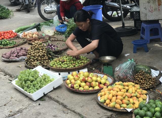 Xoài mini Trung Quốc về ngập chợ, dân buôn bán cả tạ mỗi ngày-3