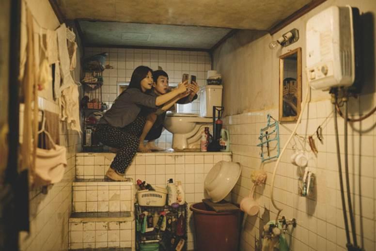 Hoa hậu Hàn Quốc U45 chia sẻ về quá khứ nghèo khó: Không thể trả tiền điện, sống ở ngôi nhà giống như trong Parasite-2